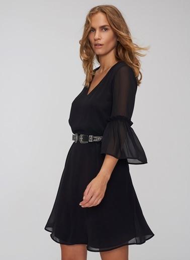 People By Fabrika Kol Detaylı V Yakalı Şifon Elbise Siyah